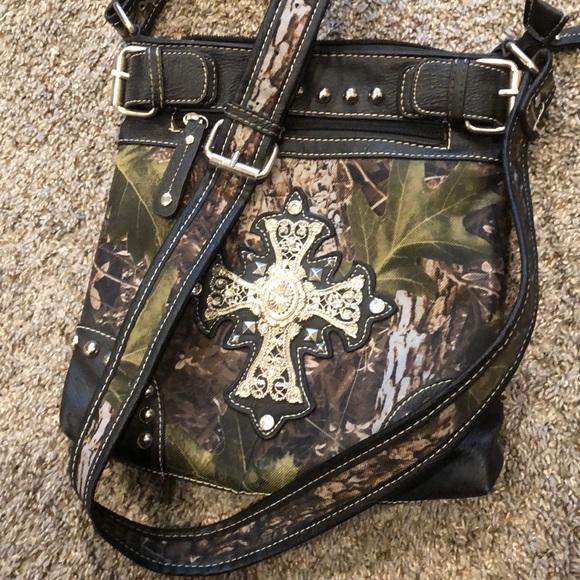 efa0a469caf6 Cowgirl Trendy Camouflage Cross Studded Handbag